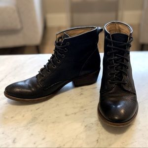Frye Carson s8 Lace-up Boots